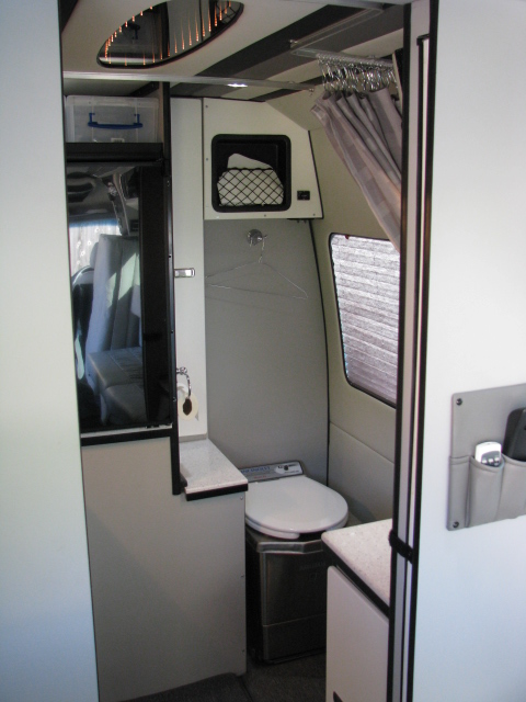 Prestige Camper Traveler Luxury Travel Sprinter Van